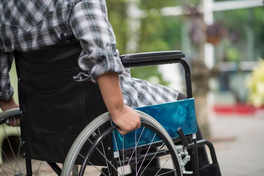 disabled-woman-on-wheelchair